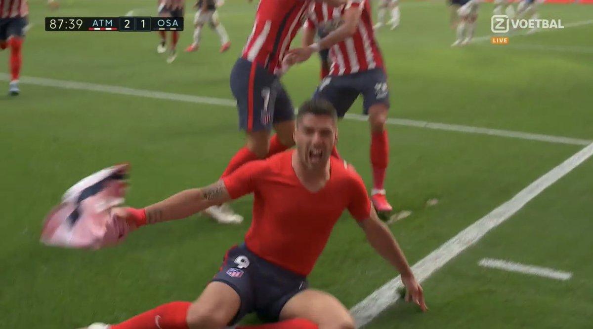 @TheEuropeanLad's photo on Suarez
