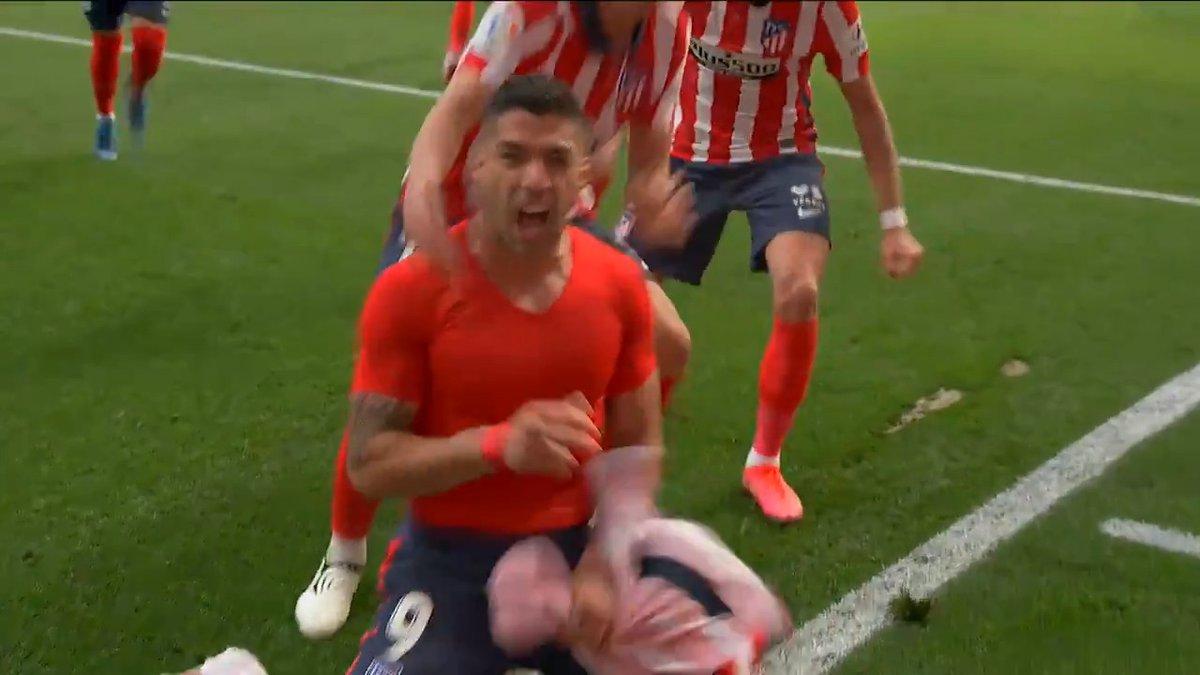 @SuperSportTV's photo on Suarez