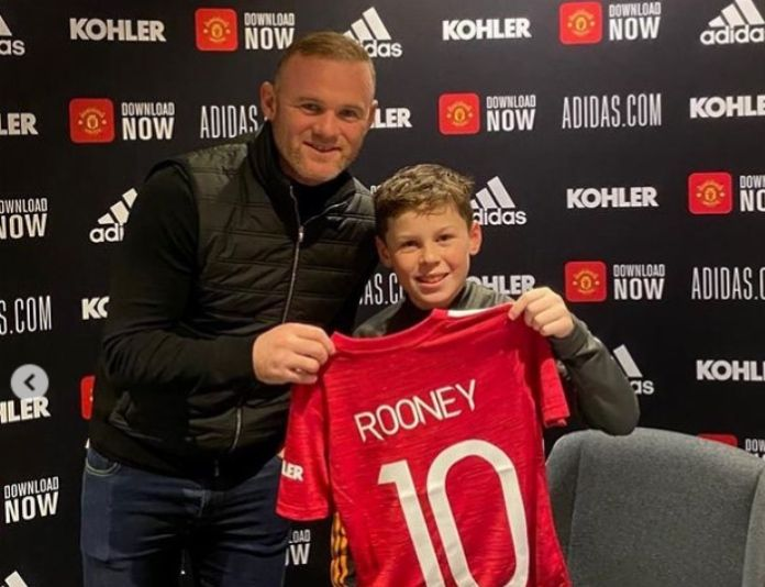 Kai Rooney bagged a hat-trick of goals and assists for Man Utd U-11s in a 6-3 win v Stoke. Involved in all six goals. It's a family thing. #MUFC 🇾🇪 https://t.co/zCSlJZcqi0