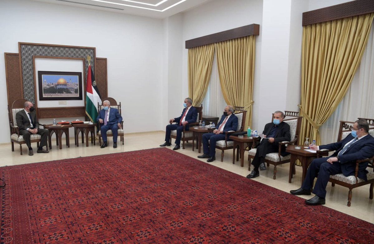 US Deputy Assistant for Israel and Palestinian affairs, Hady Amr, is meeting Palestinian President Mahmoud Abbas in Ramallah to discuss #Gaza and de-escalation. Meanwhile, reports surface that the Biden Adminstration approves a $735 million weapons sale to #Israel.