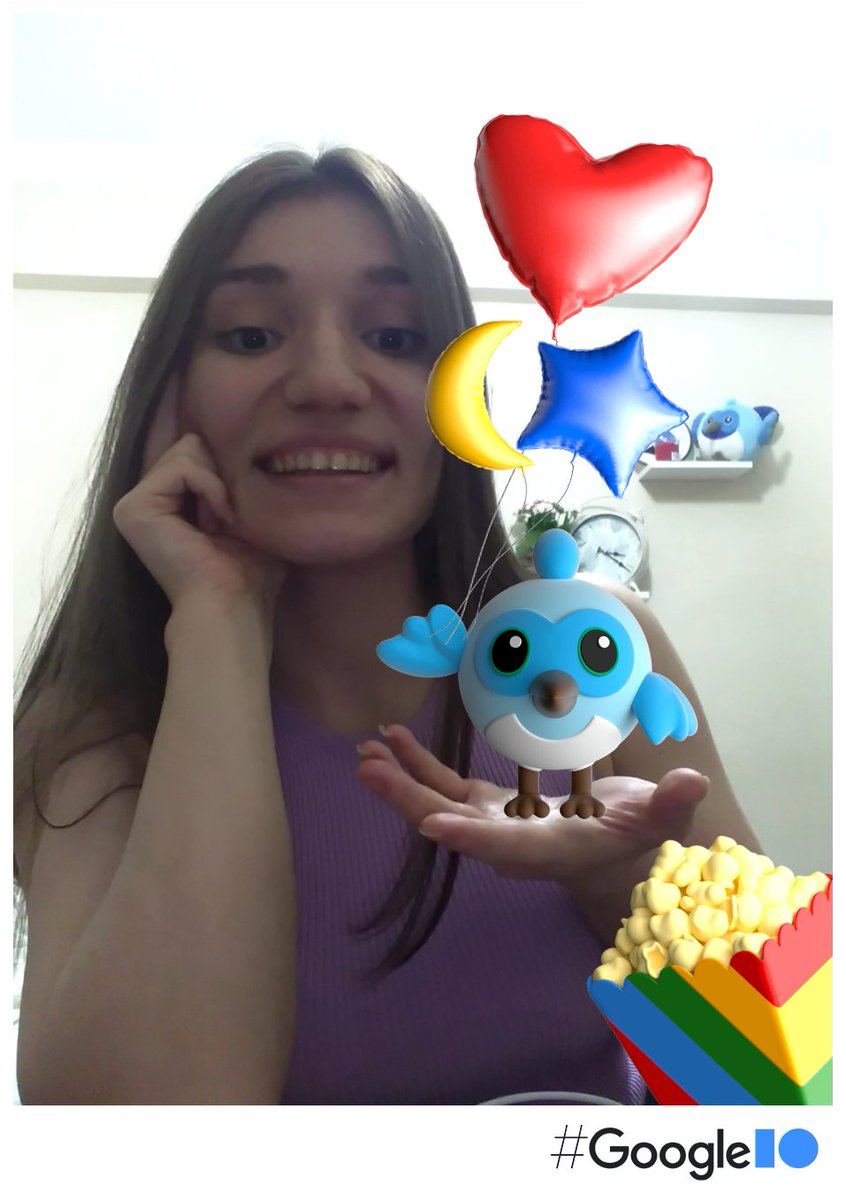I and Dash! We are ready for celebrations! #GoogleIO #IOPhotobooth 💙  📷 photobooth.flutter.dev/#/