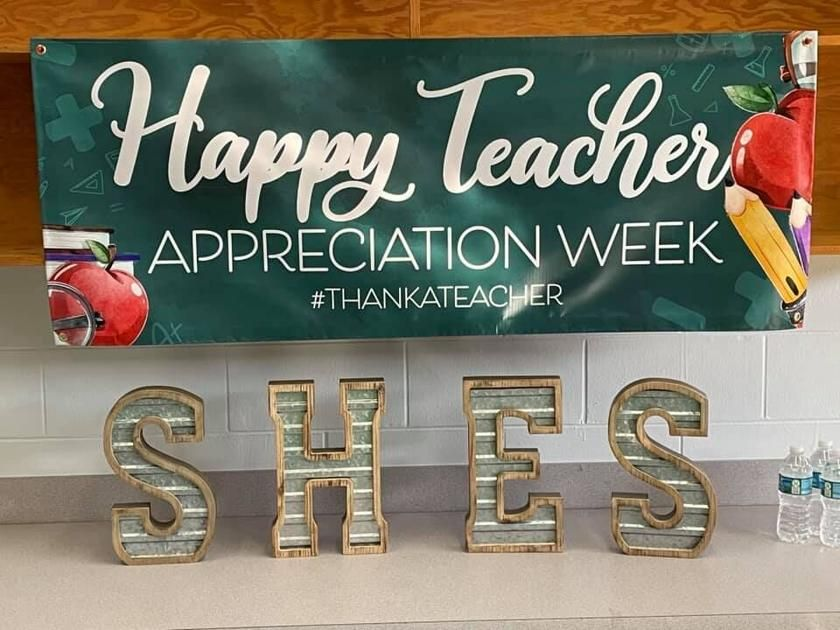 Students and parents express gratitude for teachers during Teacher Appreciation Week. https://t.co/TCI2GA7EtM https://t.co/b9O1ERB4PI