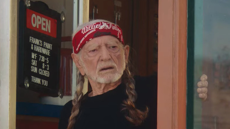 I don't understand how Willie Nelson hasn't aged at all in fifty years?  Does being the Wizard of Weed bestow anti-aging benefits I'm unaware of?  (Because if it does, I'm on track to look fucking FIIIIIINE when I'm 105 or so...) https://t.co/7x9tND0Cta
