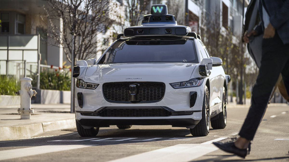 Waymo Taxi In Arizona Confused By Blocked Road