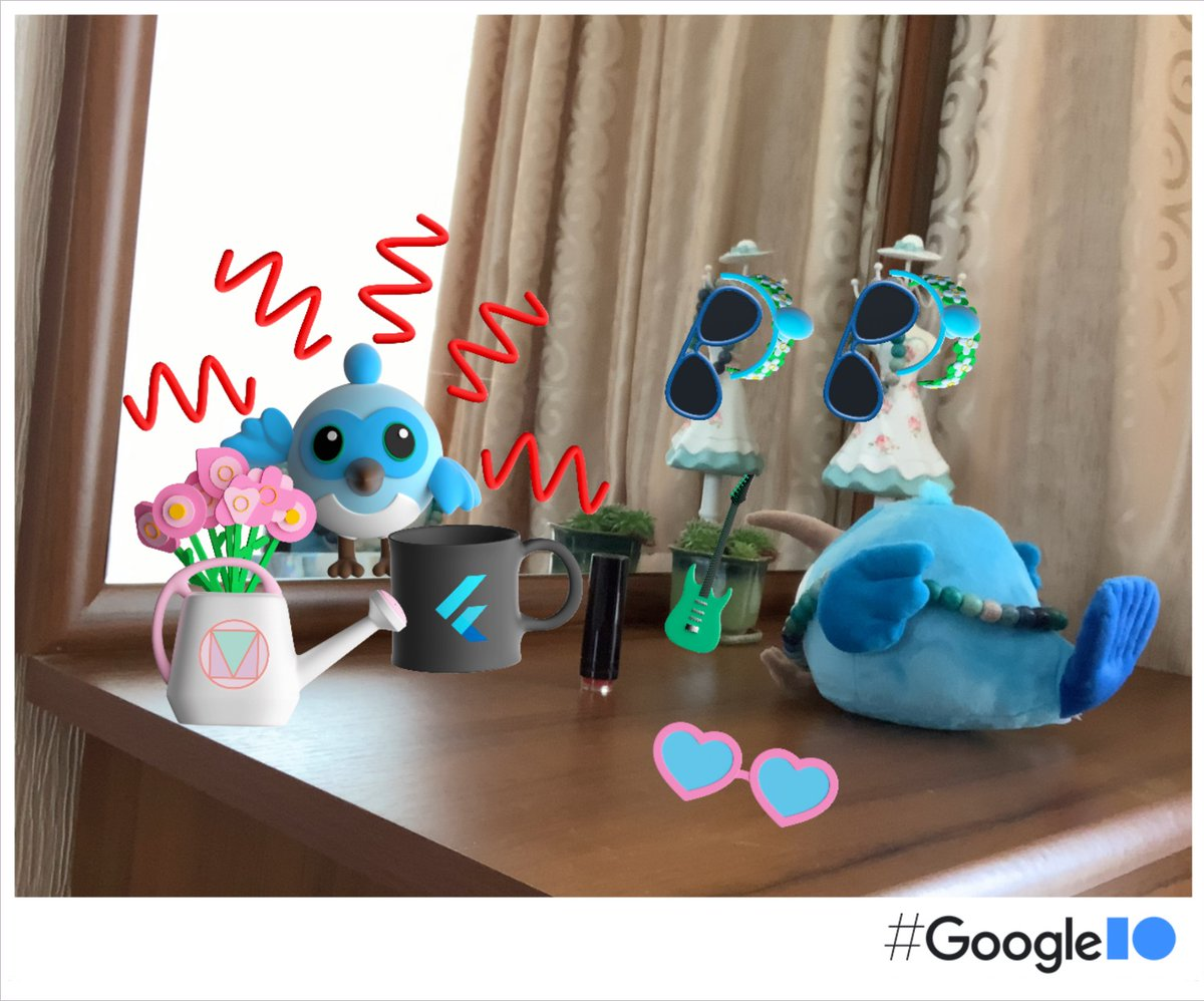 My #Dash is getting ready for #GoogleIO2021 💙💄🕶 Excited to hear all the news about #Flutter! 🎉  Made with #IOPhotoBooth photobooth.flutter.dev