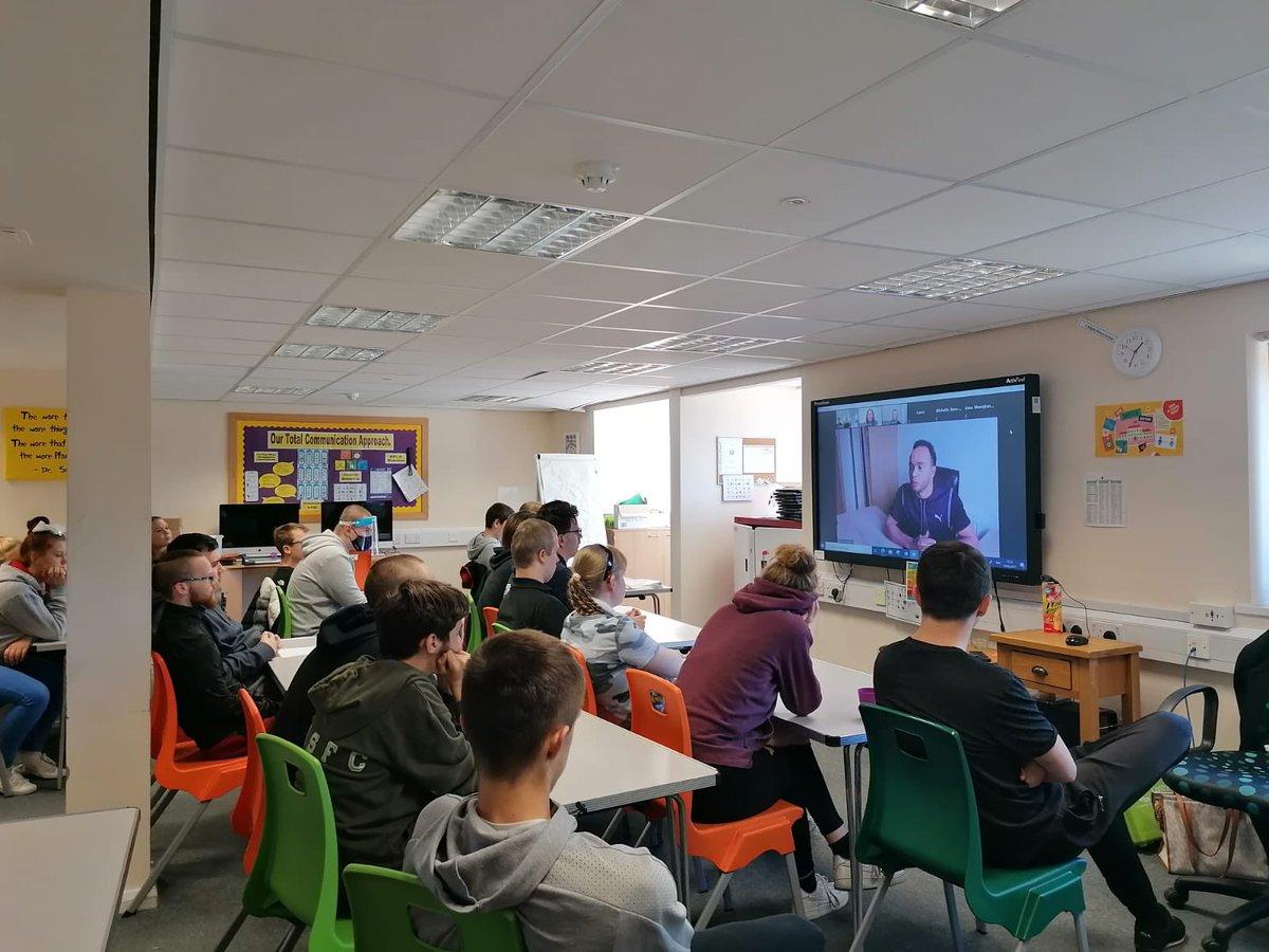 Absolutely fantastic session thanks to @nicolashamilton for being so inspiring & @BITC @FyldeCoastRBN  for organising!  #InpsiringBlackpool #InspiringLancashire