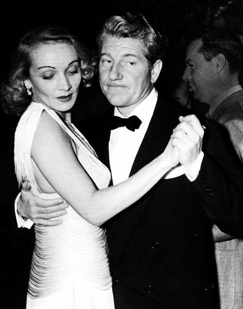 RT @RealEmirHan: Marlene Dietrich  & Jean Gabin https://t.co/Au51YiHRPn