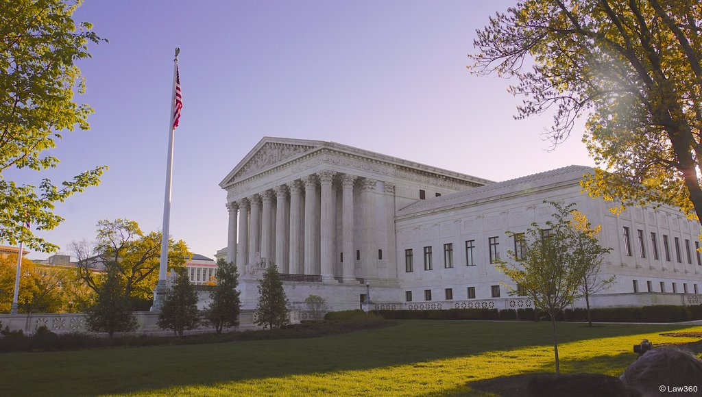 .@BrechnerCenter Director @FrankLoMonte comments on #FirstAmendment implications of court decision. https://t.co/Q7QHhCaNXe