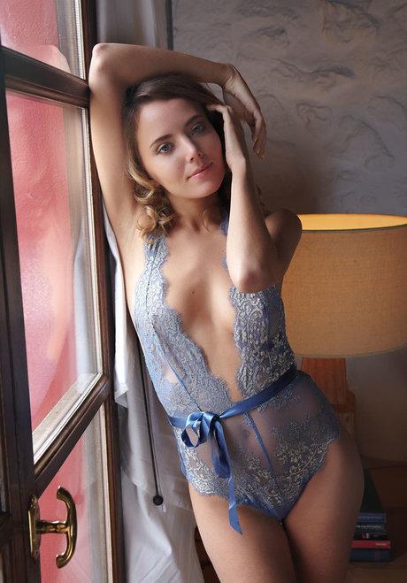 Good morning World!  – Katya Clover is Naked