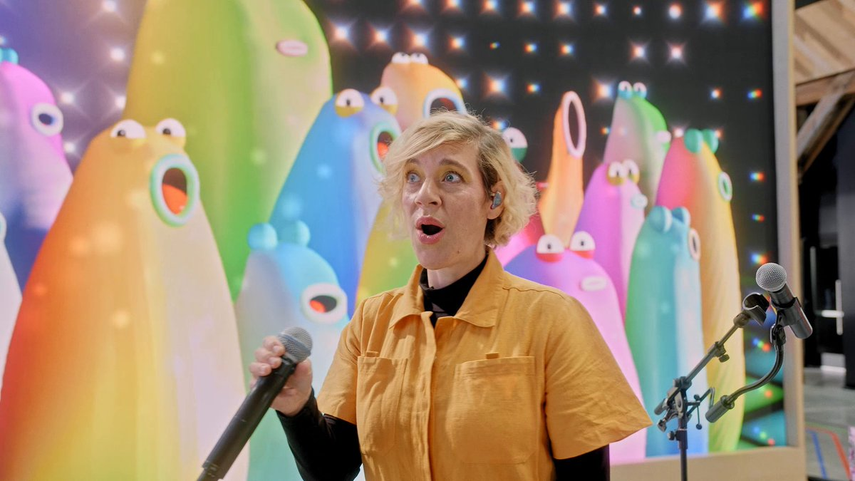 """А еще The Blobs стали хедлайнерами вечеринки на #GoogleIO! Послушай их выступление """"I Feel Love"""" вместе с @tuneyards. И не забудь поддержать восходящих звезд лайком!"""