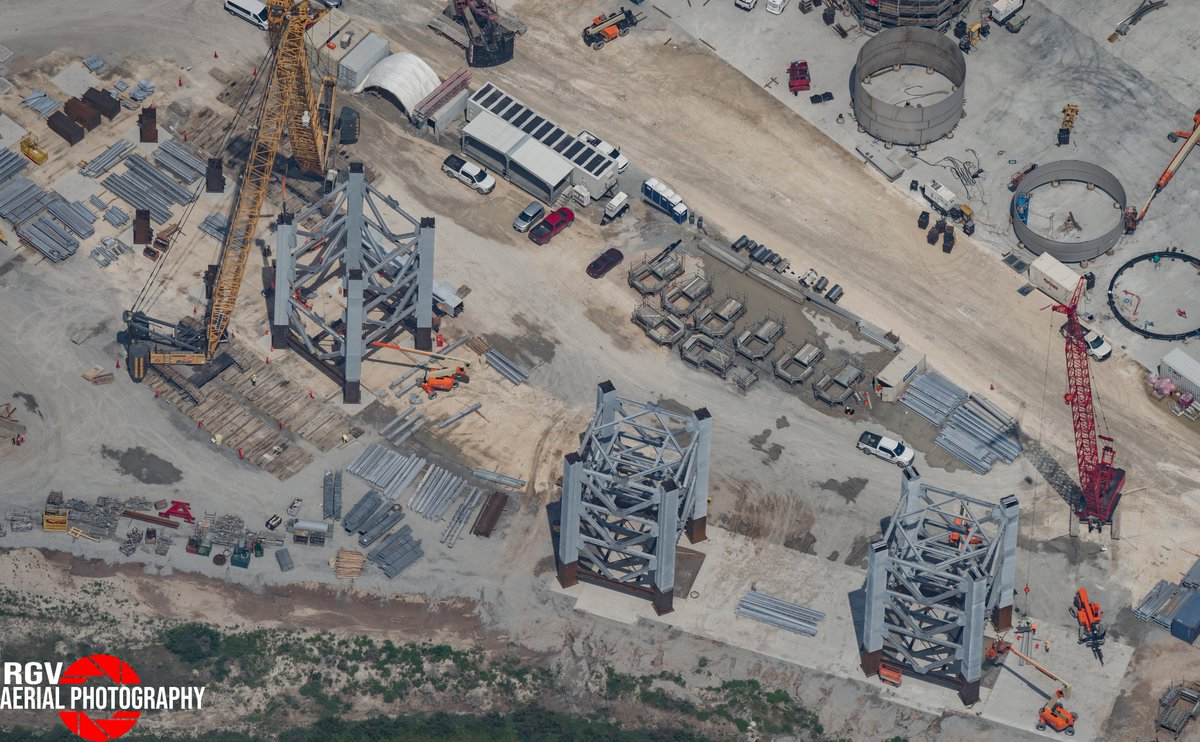 """RGV Aerial Photography on Twitter: """"Integration Tower assembly at the  Sanchez Site. *Two more Integration Tower segments will be assembled on the  top left of the image… https://t.co/43QQ2pvE1p"""""""