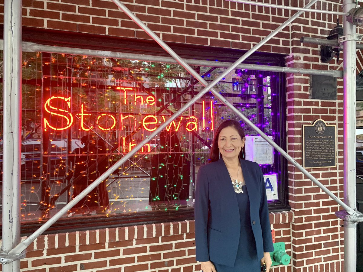 .@StonewallNPS is an incredible reminder about the struggle the LGBTQ+ community across the country and globe face just to be treated fairly, love who they want to love, and live their truth.#Pride2021 https://t.co/nPHPUAnE70