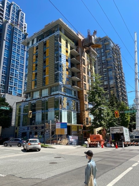 test Twitter Media - Big day at the Covenant House 2 project in sunny Vancouver! The crane coming down yesterday marked the completion of the structure and the beginning of interior finishes. Starting to look great outside and in. https://t.co/QA9iB6sRAt