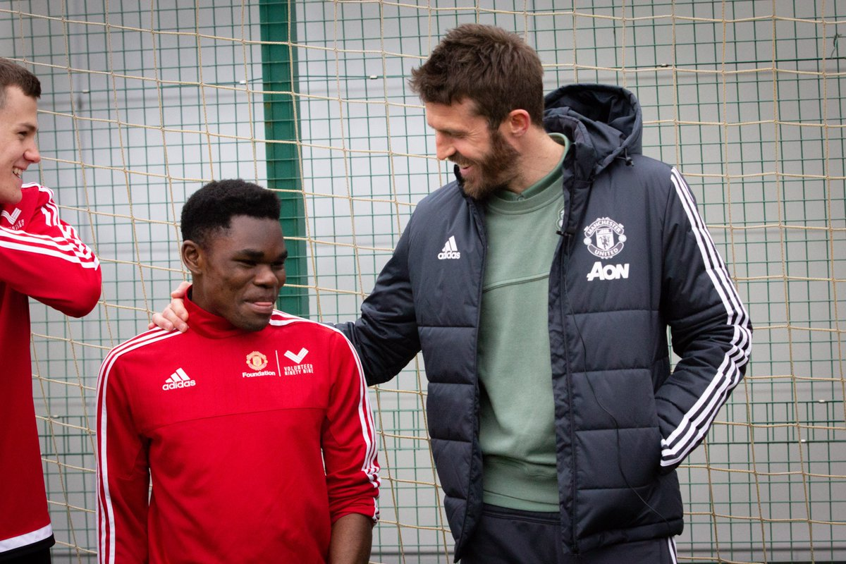 #Throwback to when volunteers from our #V99 programme were invited to @ManUtd's Aon Training Complex 🔴⚽  Participants had the chance to talk about their experiences and future goals with the likes of @Carras16, @EricBailly24 and @Anto_V25 🤩  #VolunteersWeek21   #PowerOfYouth https://t.co/mNpcF2FT5V