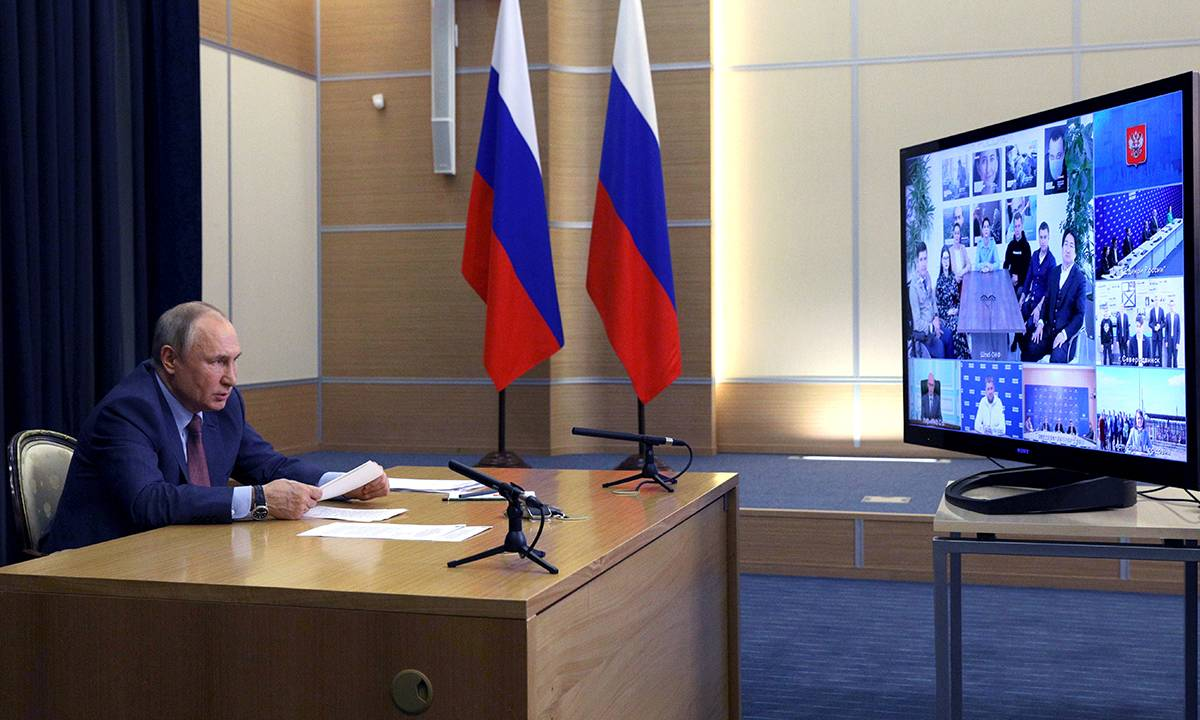Владимир Путин Фото,Владимир Путин Тwitter тенденция - верхние твиты