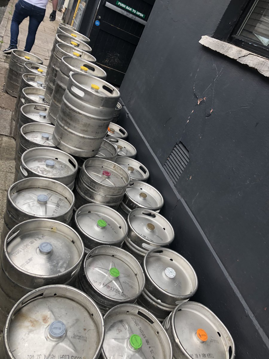 What a beautiful sight 🤩🥳 4 days to go #countdown #welcomebackcork #corkpubs #freshkegs #purecork https://t.co/zxCtbNILlL