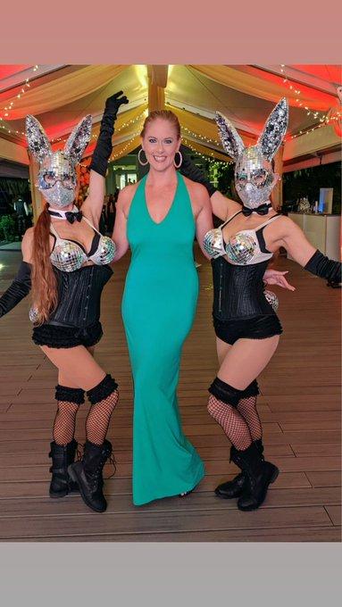 Las Vegas Hotwife @lasvegashotwife Twitter profile   Twuko