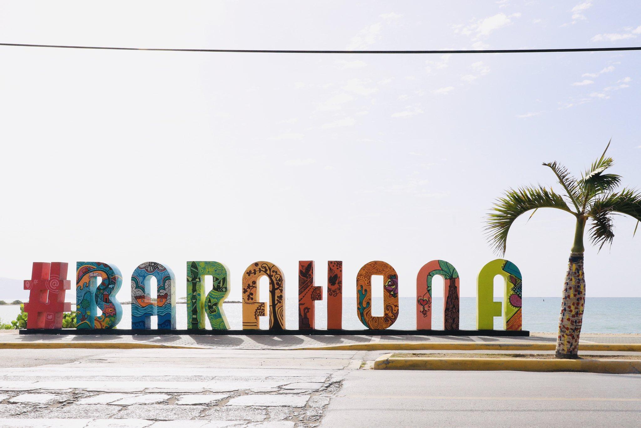 """Presidencia de la República Dominicana on Twitter: """"¡Barahona es una de las  provincias más fascinantes de RD!🇩🇴 Sus impresionantes playas, montañas y  ríos hacen de este lugar uno maravilloso. Hoy, el Presidente @"""