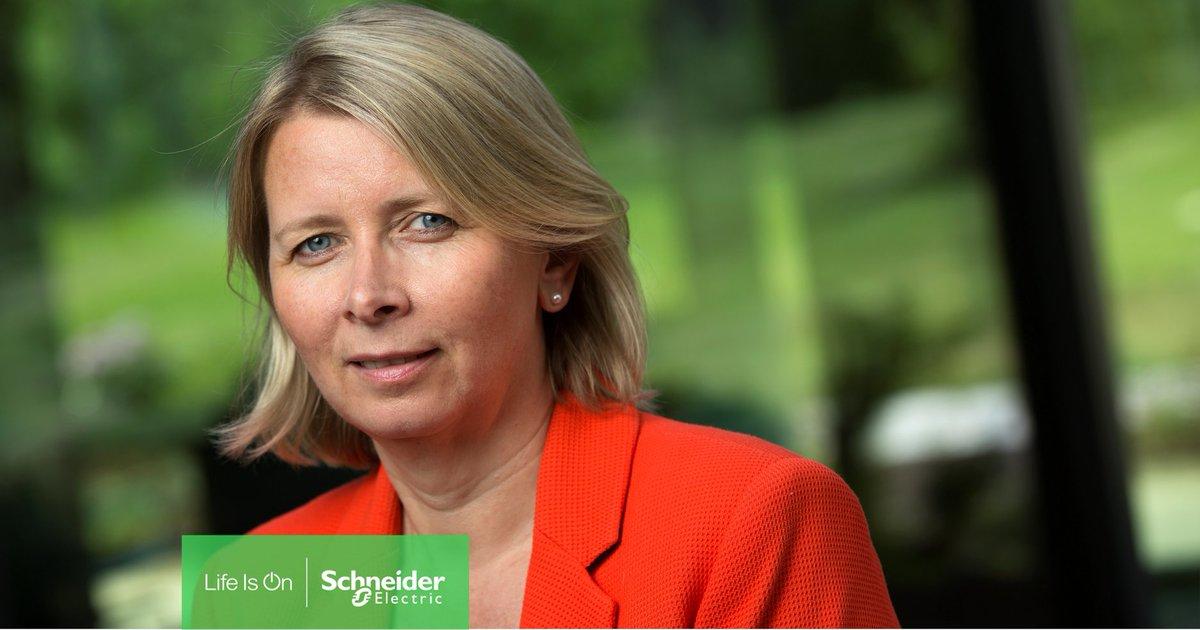 I morgen offentligjør de største norske organisasjonene en rapport med fokus på krafttak for ny industrisatsing og klimaomstilling, og mulighetene energieffektivisering medfører. Vi gleder oss til å høre innlegget til vår adm. direktør Karoline Nystrøm: https://t.co/mDAe1XmkWe https://t.co/WYzYSsv99E