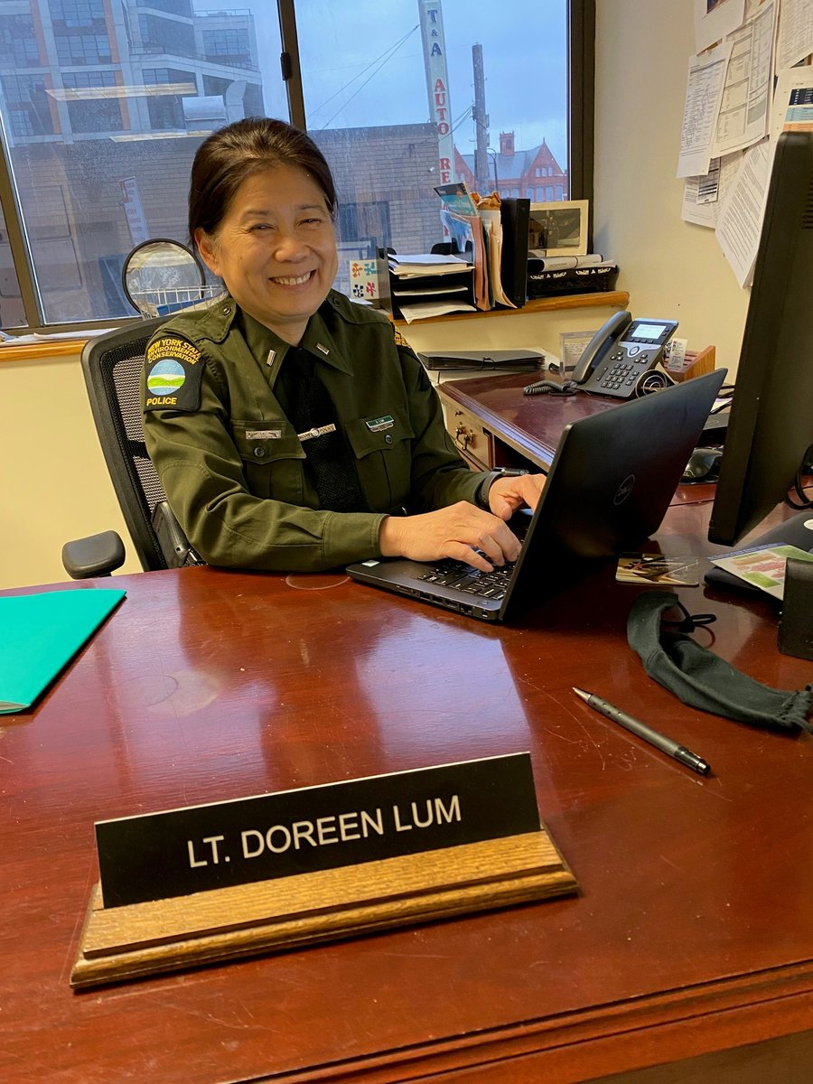 Doreen Lum is a Supervising Environmental Conservation Officer (SECO) in DEC's Division of Law Enforcement (DLE). She is a graduate of Colgate University, where she earned a Bachelor of Arts Degree, majoring in Geology. #NYSCelebratesAAPI #AAPIHM https://t.co/t0jgIcyUk6