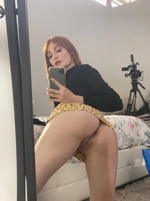2 pic. Stick it in my butt https://t.co/2SOowY1FCy