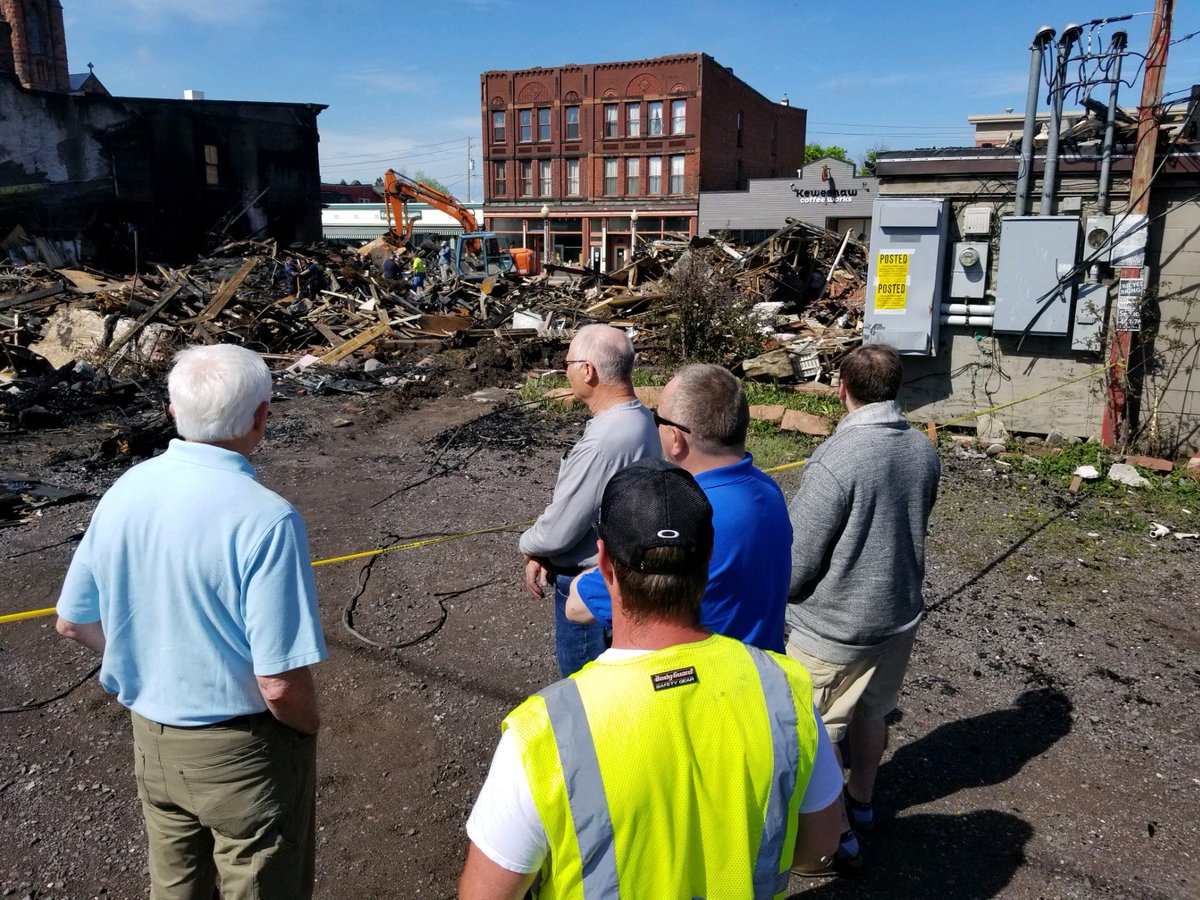 Today, I visited with local officials in Calumet following the devastating fire that ravaged nearly an entire city block last week.   Our team will continue working with local leaders to leverage any federal resources available to help those displaced and help move forward. https://t.co/YjMhgmhgnF