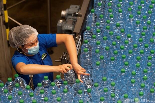 ミネラルウォーター、ボルヴィックの水源が汲み過ぎで枯渇の危機!