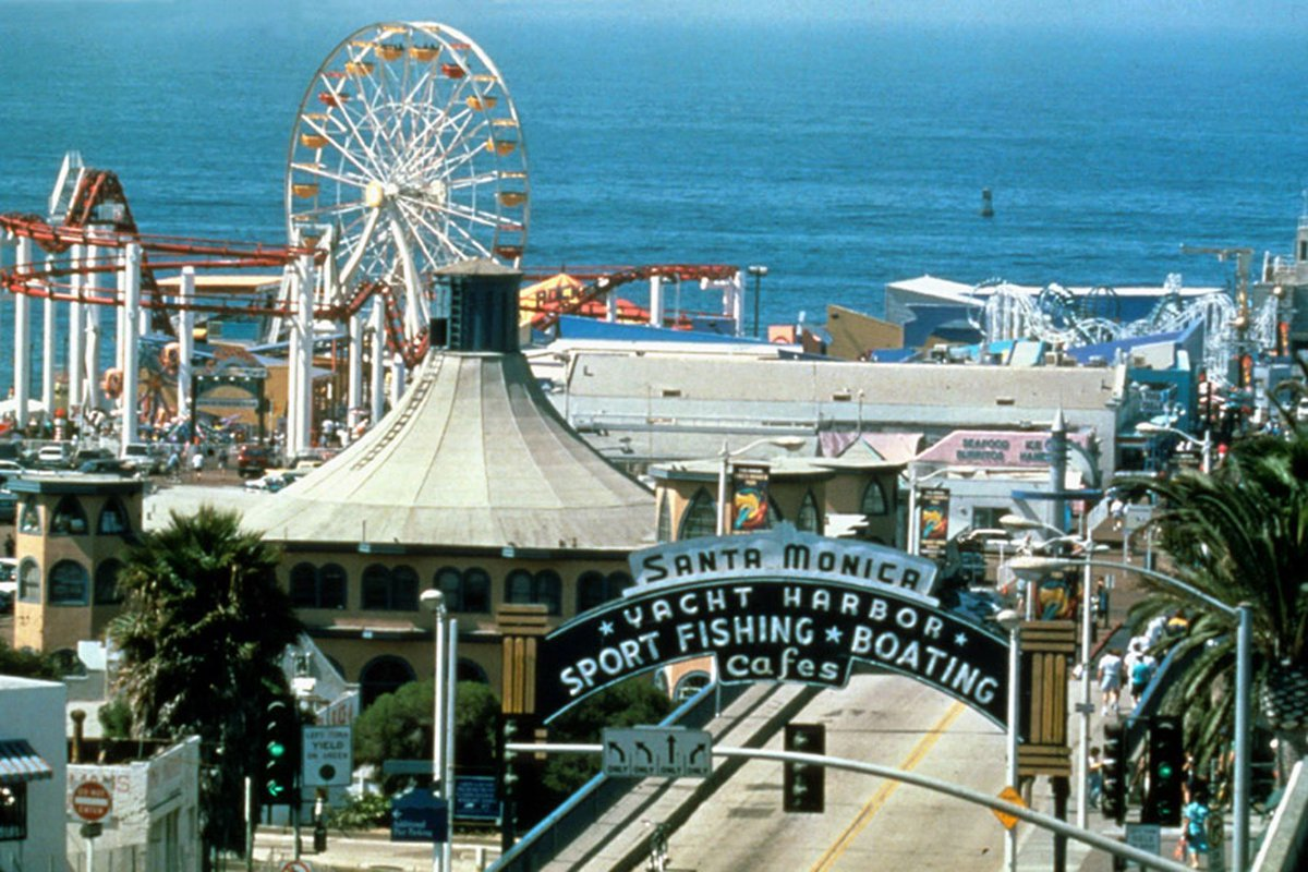 It's our 25th anniversary! Pacific Park opened on May 26, 1996, becoming the first amusement park on the Santa Monica Pier since the 1930s. We have 12 rides, 14 midway games, and over-the-ocean food and retail. https://t.co/OuHeoogFAE https://t.co/SGBn1CZml8