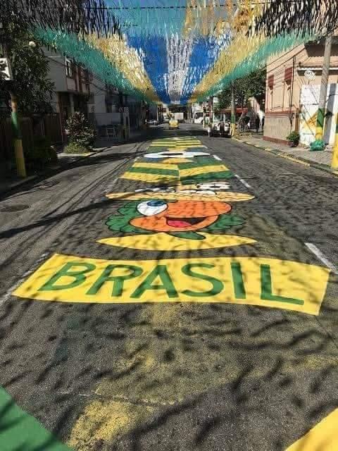 saudade de quando as cores da bandeira do brasil tinham essa energia aqui https://t.co/dhgv9FdMDE