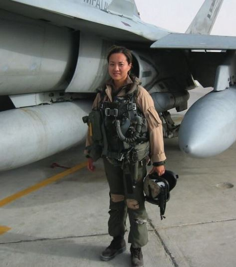 Today and all days, we honor Jaden Kim, a hero who has served our country with valor and honor in the air and on the ground. To this brave Marine, we offer our unending thanks. #NYSCelebratesAAPI https://t.co/KiYluaGvt0