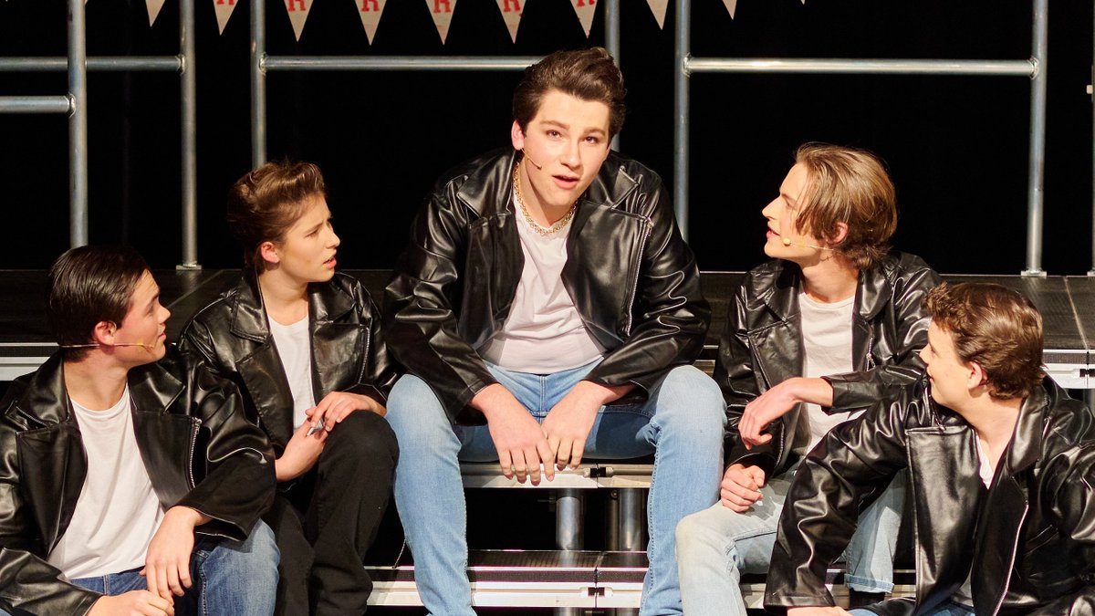 Kudos! to the students and staff of the CGS Music and Performing Arts department for brilliantly performing their version of the world's most-loved musical- Grease! The energetic cast shone on stage for each of the 6 sessions and entertained a packed house.