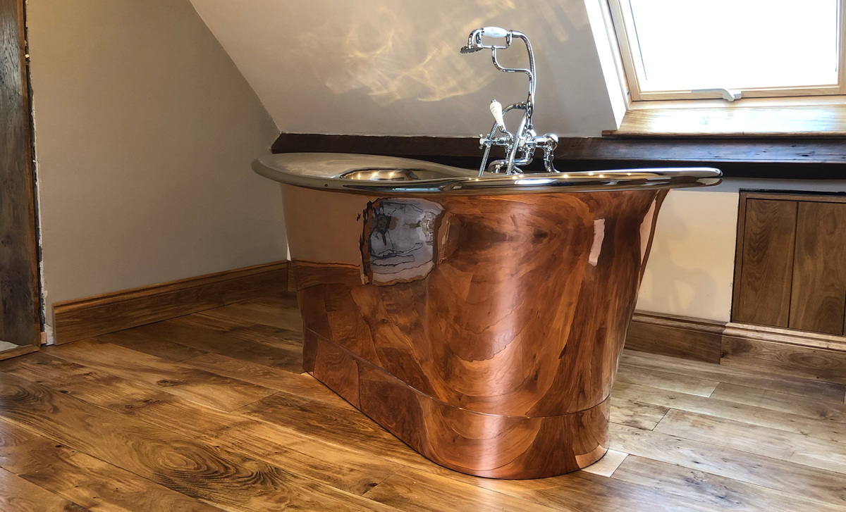 We are always pleased to see images from our customers of their Baths in place. Thank you to one of our stockists Period House Store (@PERIODHOUSESTOR) for sharing this image of the Godolphin. hurlinghambaths.co.uk/baths/copper-n… #baths #copperbaths #nickelbaths #hurlinghambathrooms