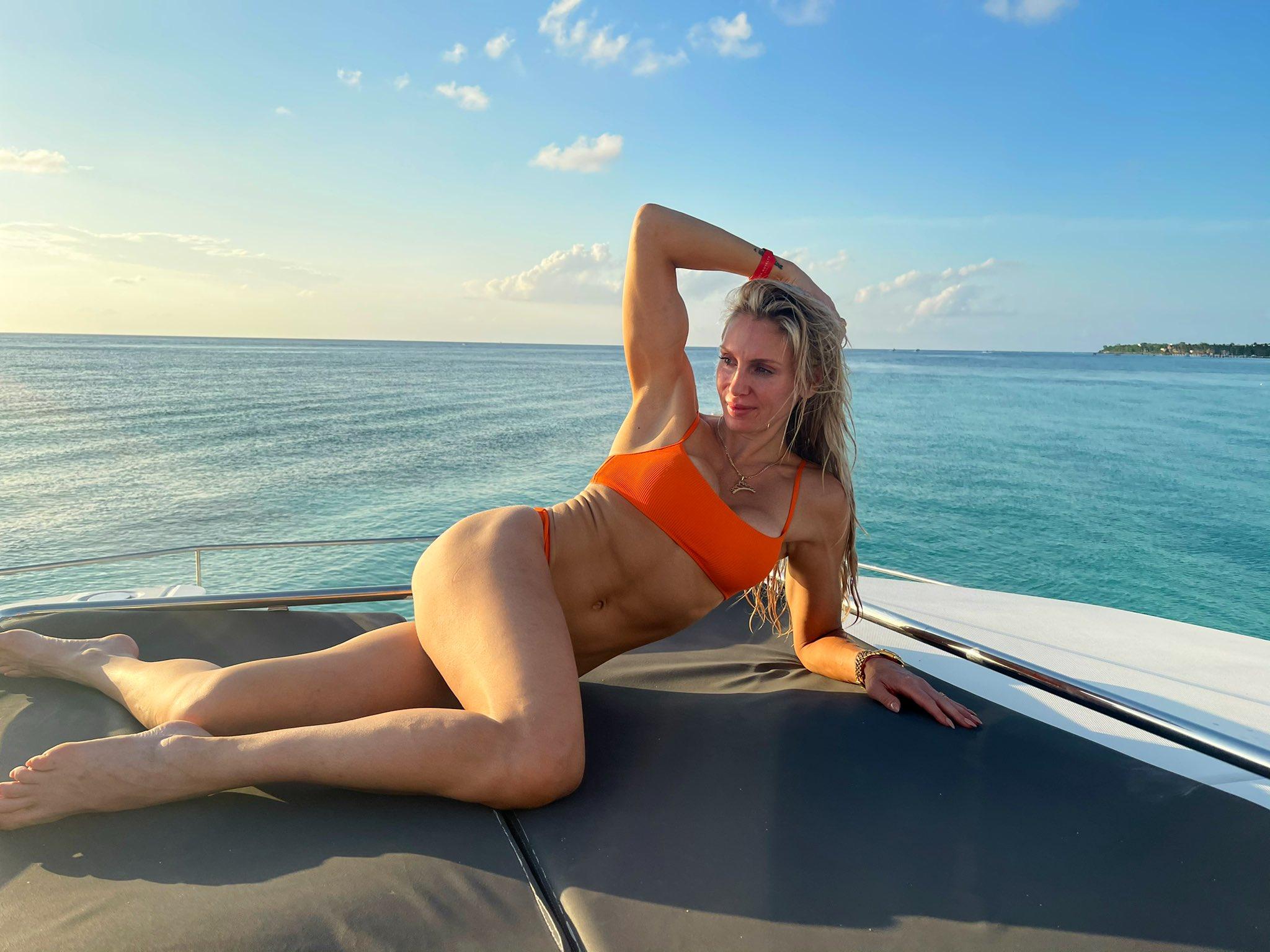Photos: WWE Star Charlotte Flair Shares Bikini Spam From Latest Vacation 4