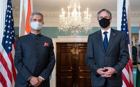 .@DrSJaishankar meets with .@SecBlinken in #WashingtonDC today. The meeting comes in the backdrop of India's #CovidCrisis   #USNews #USA #America #USIndiaDosti #India #COVID19 https://t.co/rDA8dk8sUw