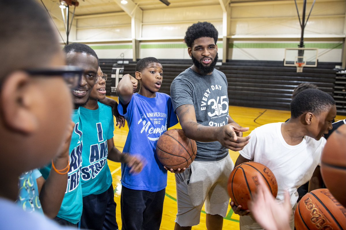 BLOCK SHOT NIGHT!   Rudy's Kids will donate 1000$ to @StreetsMemphis for every block by Rudy in tonight's game!   Streets ministries engages, encourages and equips youth to achieve their potential. Funds will be directed to underserved youth for summer enrichment camps. https://t.co/t7rgHiORzY