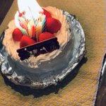 大人がやるとこうなる?誕生日ケーキに歳の数だけロウソクを立てた結果!