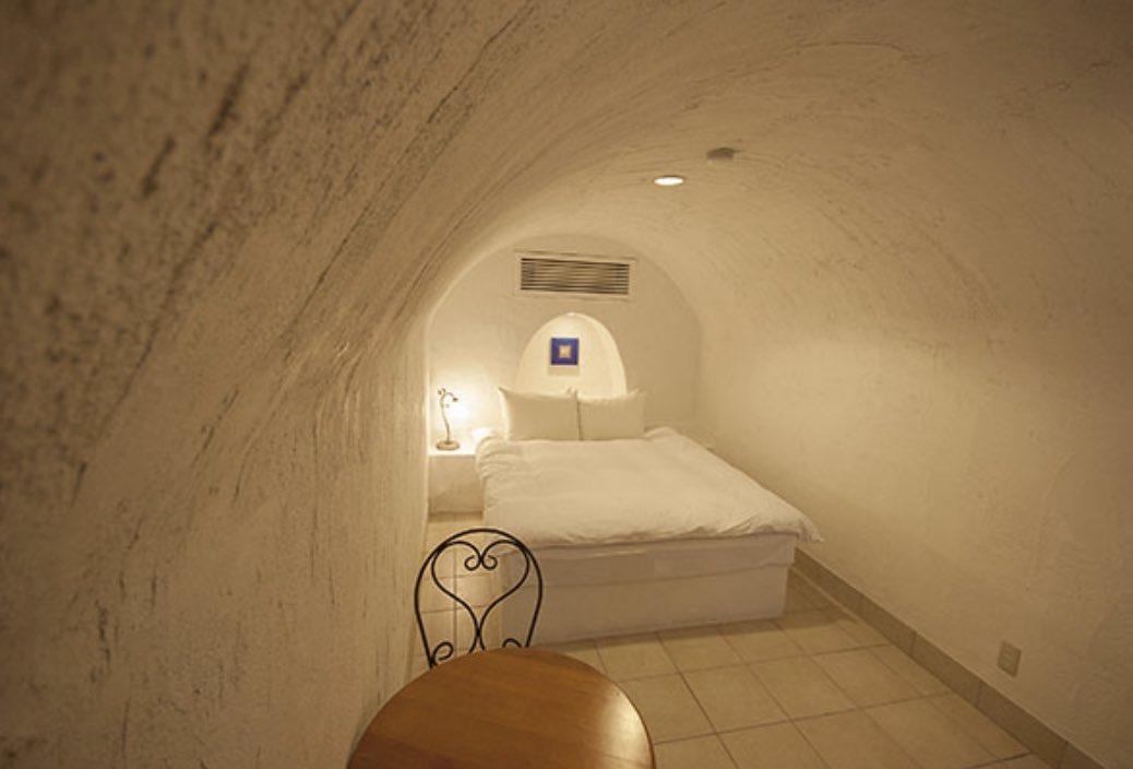 このホテルに一度は泊まりたい!?高知県にある「ヴィラサントリーニ」!