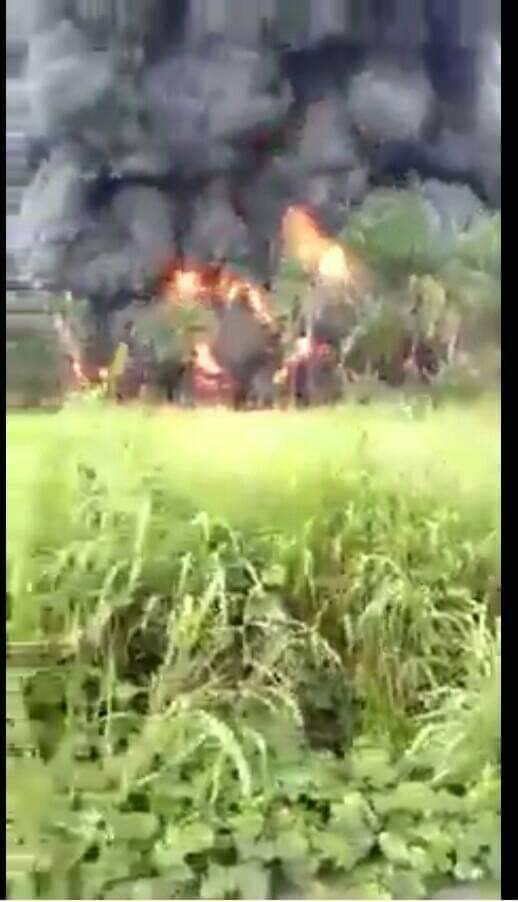 OGUTA OIL PIPELINE IN IMO STATE THAT SUPPLIES OIL TO NORTH MISTAKENLY BLOWN UP BY  UNKNOWN GUNMEN. https://t.co/0u5KXy1wNp