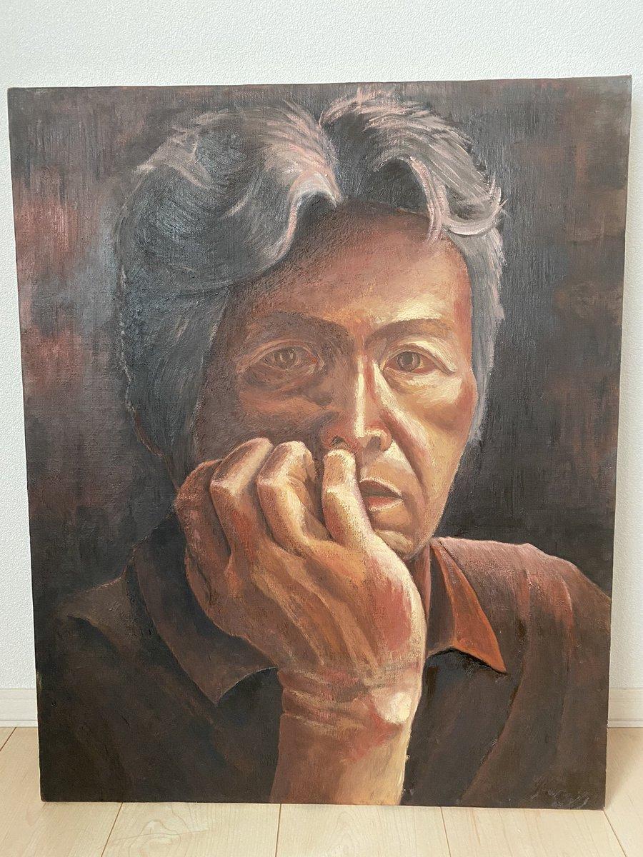 コロナ禍で最愛の孫にずっと会えなかった父を病院から連れ帰り、自宅で看取りました。 家族葬のために父が生前に一生懸命描いた絵を倉庫から出してきた。 60歳手前で猛勉強して美術大学に入る、肝の強い男でした。一日何時間も絵だけ描く生活をしていました。 良ければ父の絵を見てもらえると嬉しい!