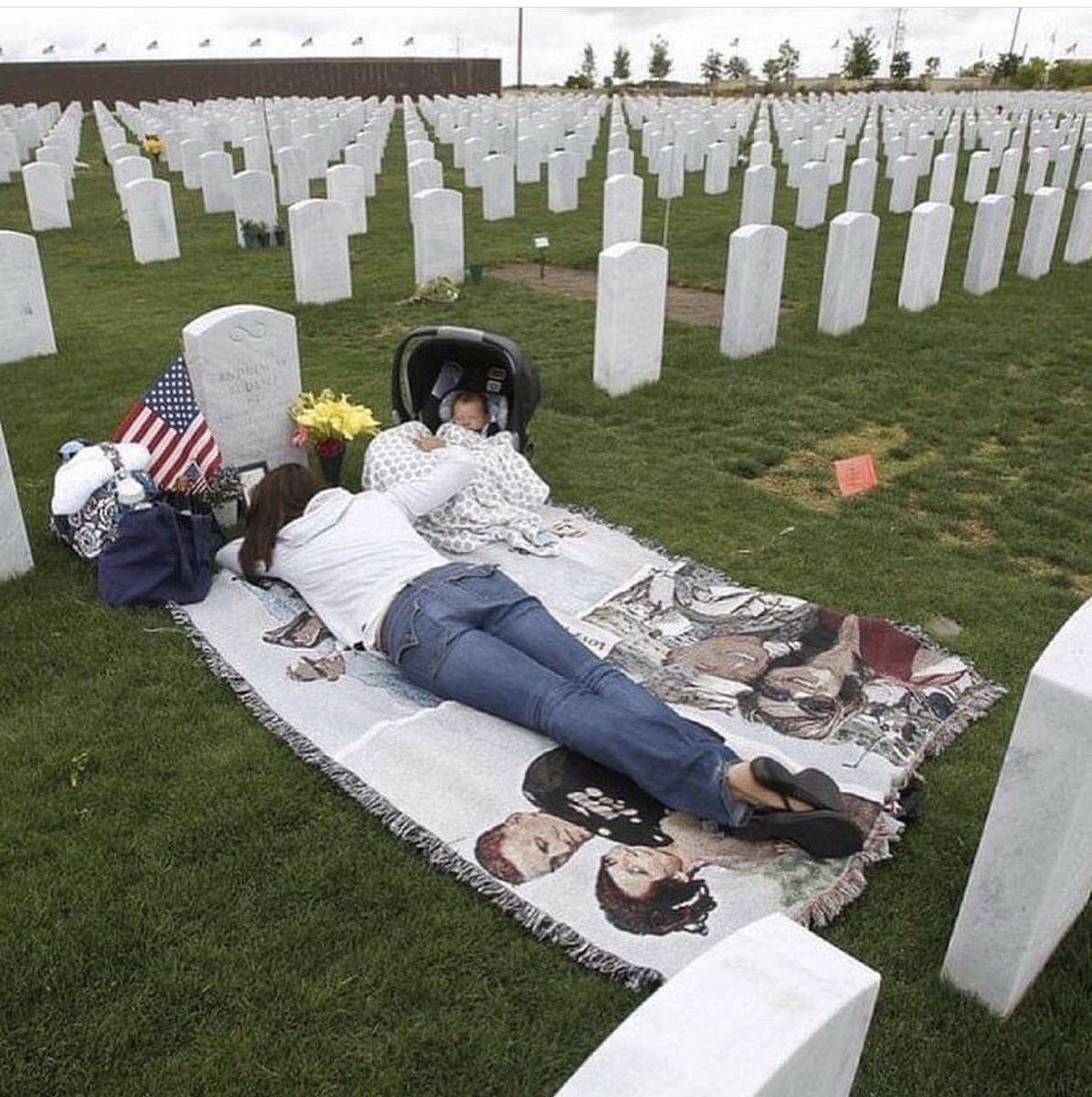 memorial day - honor & remember #2021 https://t.co/GRMwkVCb4a