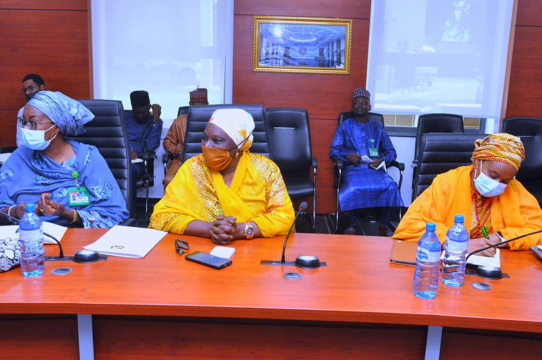 Deputy Governor @DrHadiza has hosted the new leadership of the state's Community & Social Development Agency to an interactive session with some Commissioners. The CSDA team was led by the General Manager, Shuaibu Muhammed