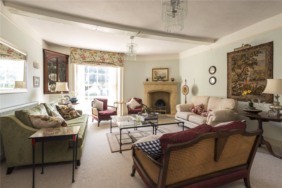 Dating back to circa 1776, Picton House, Greenhill, #Sherborne is a #GradeIIlisted, beautifully restored, six bedroom #Georgian #townhouse with 4,850 sq ft of flexible accommodation set over three floors. Guide price £895,000.  You can take a look here: https://t.co/tI0sYmo7aN https://t.co/RWGwmbK0Hm