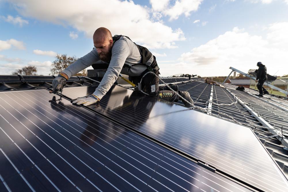 Energibranschen i topp när svenskar rankar hållbarhetsarbete https://t.co/t4R4ux78gL https://t.co/M5fVJ9Lwua