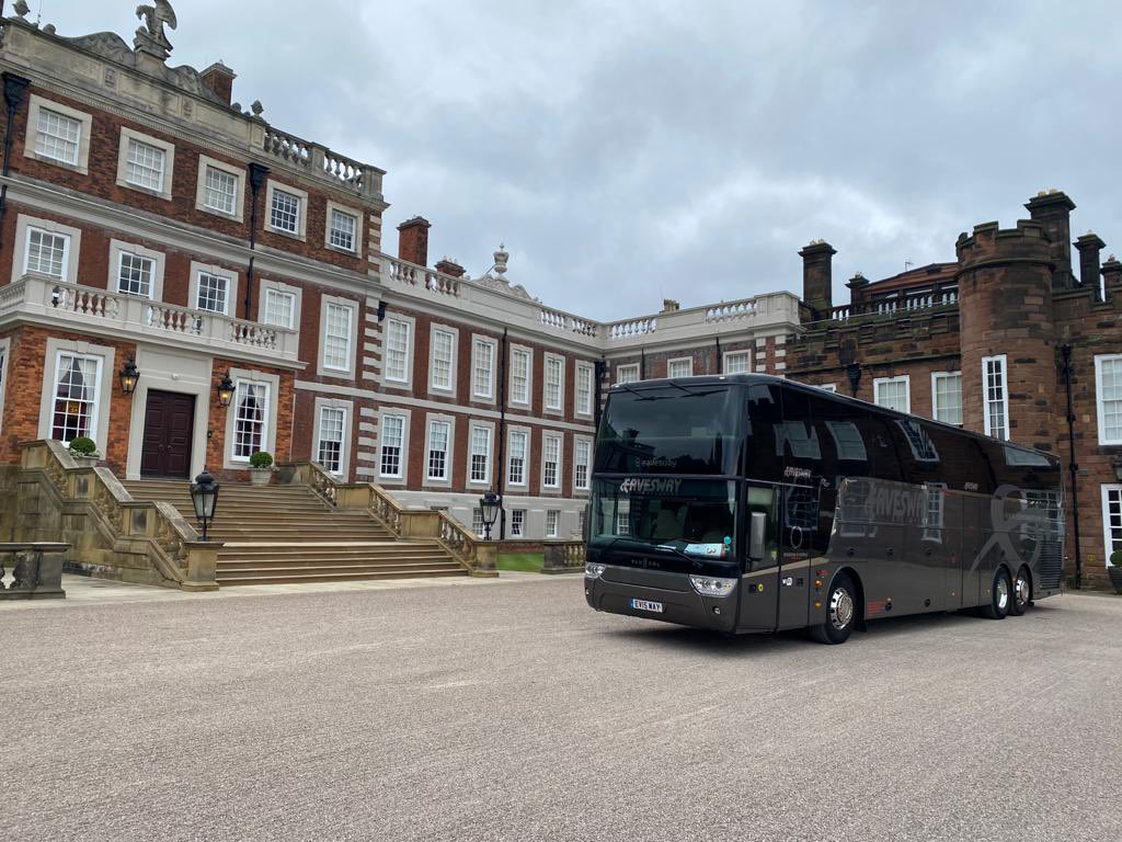 Day out today at Knowsley Hall with our shore excursion passengers from Liverpool https://t.co/AAnZ3HPIgQ