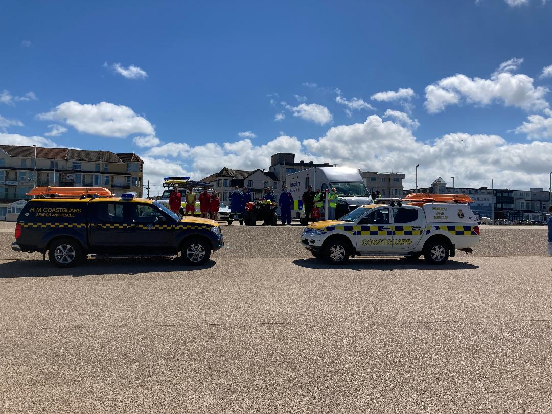 RT HMCoastguard: Meanwhile in Blackpool, @lythamCG & @FleetwoodCG have been supporting @LancsPolice patrol the coast, spreading safety messages & handing out child-safe wristbands 👏  Don't forget to ask your 🏖️ about wristbands which help identify ch…
