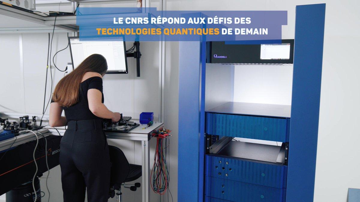 💻 Le #quantique est à l'honneur sur le stand du @CNRS à @VivaTech ! ➡️ A découvrir parmi les #startup issues des laboratoires dont le CNRS assure la tutelle dans ce domaine : @C12_Quantum et @qubit_pharma, accompagnées par notre programme #RISE, ainsi que @Quandela_SAS. https://t.co/QBLetO2f30
