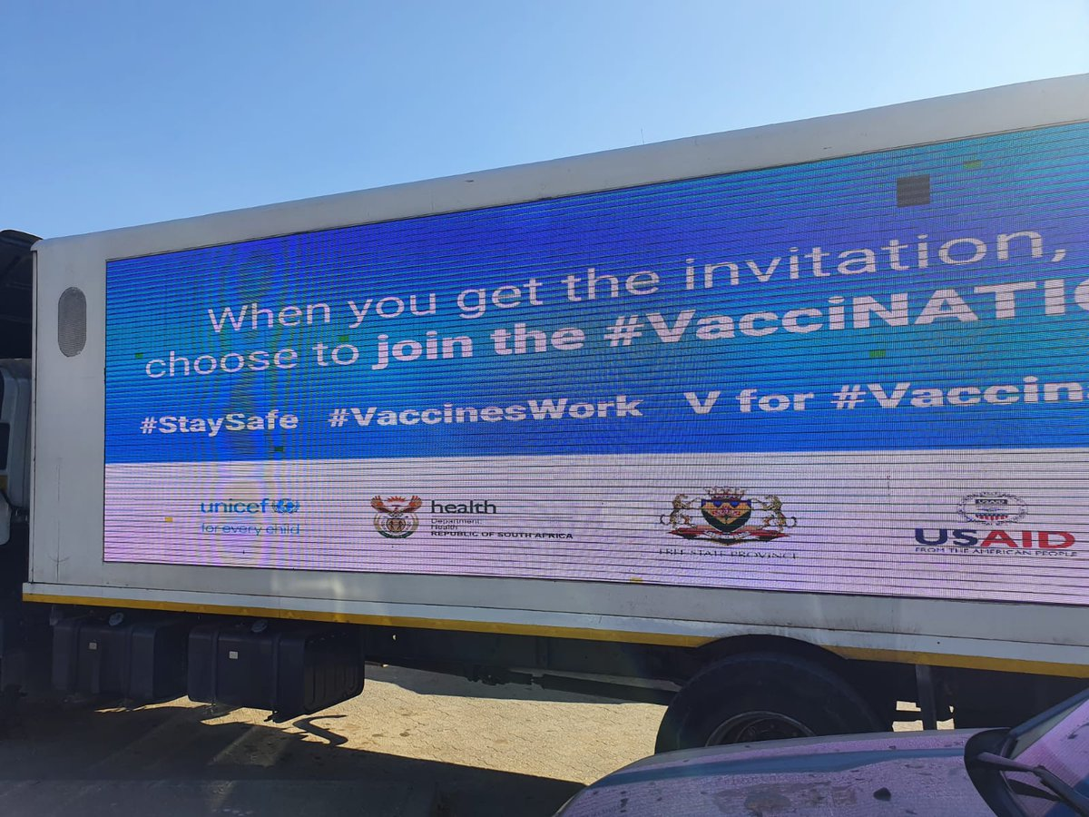 Proud to partner with @HealthZA @fs_health & @FSRedCross to end the spread of #COVID19 in #SouthAfrica.   Equitable global access to safe and effective vaccines is essential to ending the pandemic! #StaySafe #VaccinesWork #VaccinNATION @USAID_SAfrica https://t.co/WPBkK17MfN