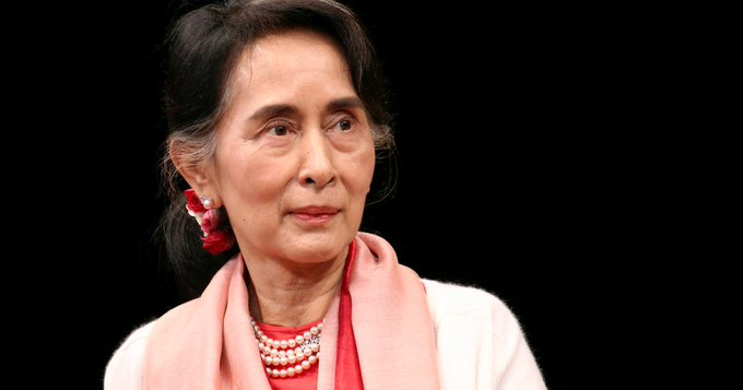 Myanmar puts Suu Kyi on trial on charges critics call bogus Photo