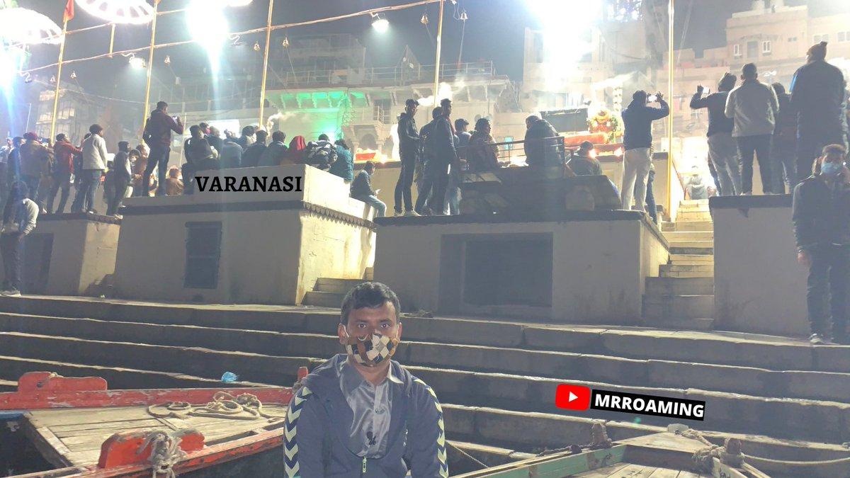 """Ganga Aarti has art in itself.""  Jai Maa Gange Har Har Mahade, Varanasi - काशी - बनारस 📍Location #varanasi_ghat   #varanasi #uttarpradesh  #varanasi #banaras #varanasidiaries #mrroaming #allindiatrip #allindiatour #uttarpradeshtourism #uttarpradesh #varanasighats #varanasiindia https://t.co/XmTVSNxnEE"