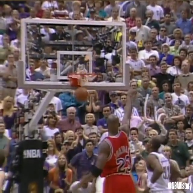 RT @NBAHistory: 23 years ago today, Michael Jordan knocked down the game-winning jumper with 5.2 seconds remaining to lift the @chicagobulls over the Jazz, earning their 6th NBA Championship! #NBABreakdown #NBAVault https://t.co/7tjDkub1uX